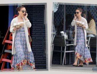 Natalie Portman dá pinta em Los Angeles com look carioca. Espia só!