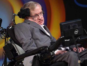 Gênio da física, Stephen Hawking morre aos 76 anos na Inglaterra