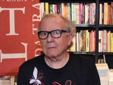 Washington Olivetto recebeu amigos para lançamento de livro no Rio