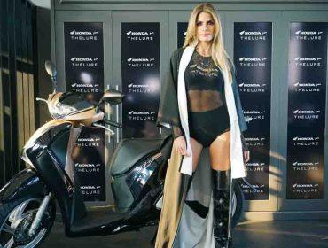 Thelure reuniu glamurettes para desfile da coleção de inverno em parceria com a Honda
