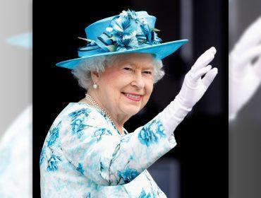 Elizabeth II chega aos 92 anos dando poderes a Charles e de olho numa possível aposentadoria