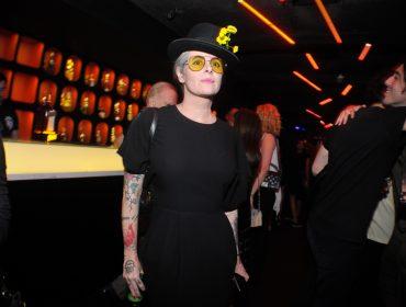 Fernanda Young comemorou aniversário com turma de modernos no Club Jerome
