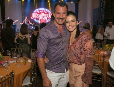 Malvino Salvador e mais uma turma das boas em jantar beneficente no Rio