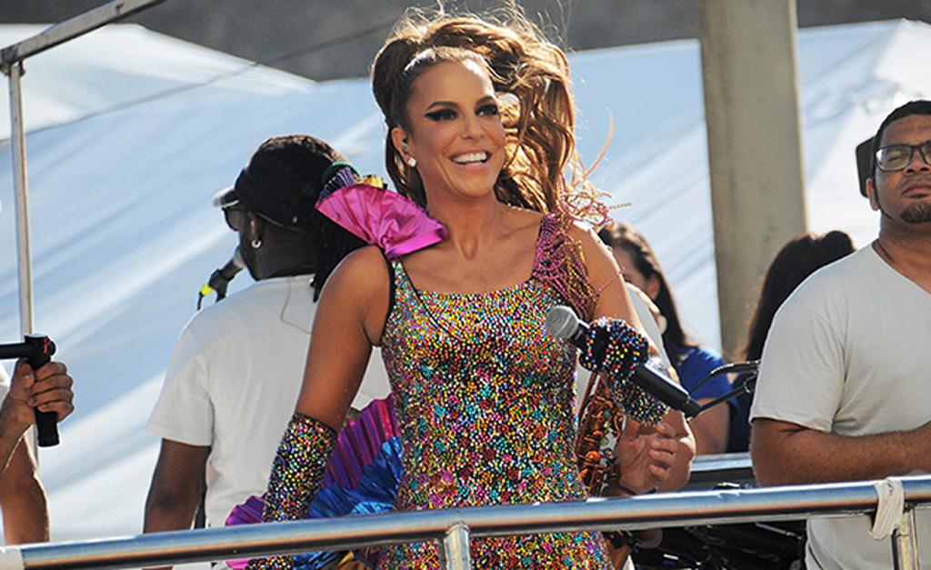 Ivete Sangalo antecipa retorno com show gratuito e puxa trio em Salvador
