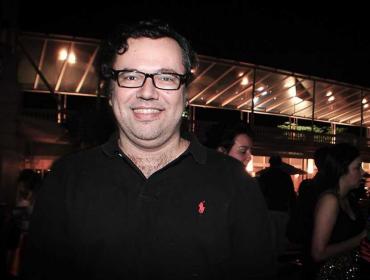"""João Emanuel Carneiro fala sobre sua nova Carminha e """"medo de ser chato"""""""