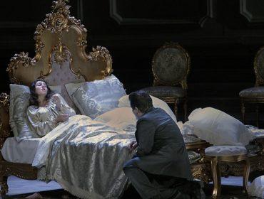 """""""La Traviata"""" abre a temporada lírica 2018 do Theatro Municipal de São Paulo"""