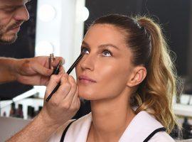 """Gisele Bündchen entrega: """"A maquiagem não tem de ser uma obrigação"""""""