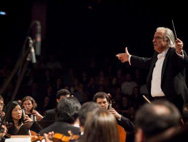 João Carlos Martins e Marcelo Bratke fazem homenagem a Mozart no Theatro Municipal
