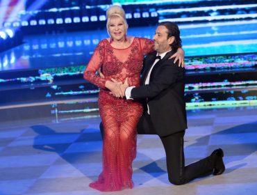 """Ivana Trump, ex mais famosa de Donald Trump, faz sucesso na """"Dança dos Famosos"""" italiana"""