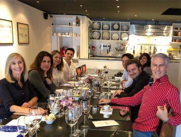 Almoço celebra embaixadores da Pier 1 Cruise Experts