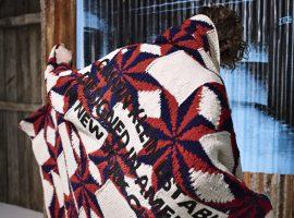 Desejo do Dia: tricôs oversized da Calvin Klein pra dividir com o amor da vida