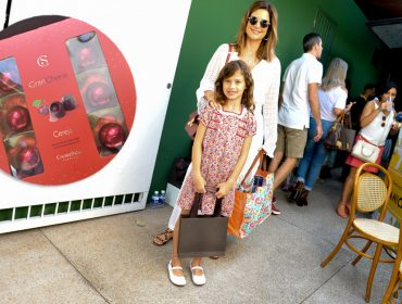 Cacau Show adoça a partida dos convidados do piquenique Glamurama de Dia das Mães