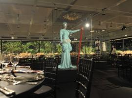 MASP mira no Metropolitan Museum de NY e avança com projeto que une arte e moda