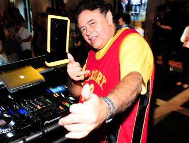 DJ Marlboro entrega o top 10 do set list que está preparando para festa de 18 anos do Glamurama