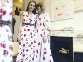 Mãe e filha, Anna Wintour e Bee Shaffer mostram como combinar looks com muito estilo