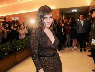 """Alessandra Negrini arrasa em comédia no cinema e fala de sua personagem em """"Orgulho & Paixão"""": """"Ela ainda vai aprontar muito"""""""