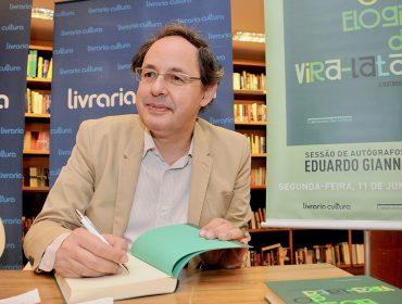 """Os cliques do lançamento de """"O elogio do vira-lata e outros ensaios"""" de Eduardo Giannetti"""