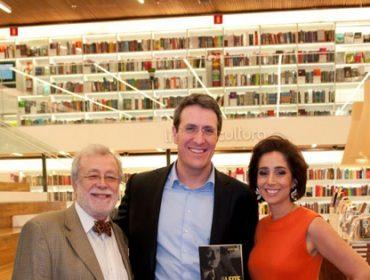 """George Vidor e Antonia Leite Barbosa comemoraram o lançamento do  livro """"Os Leite Barbosa"""""""