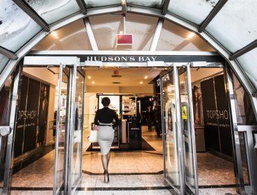 """Por """"culpa"""" da internet, loja de departamento icônica de Nova York vai fechar depois de 104 anos"""