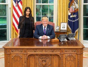 Trump atende pedido de Kim Kardashian e concede perdão presidencial à americana presa por crime comum