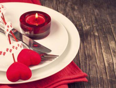 Love is in the air! Glamurama arma jantar romântico para casais de glamurettes