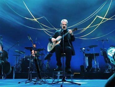Chico Buarque faz 74 anos em plena forma e na estrada… Para comemorar, 9 momentos prosaicos do cantor