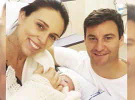 Primeira-ministra da Nova Zelândia Jacinda Ardern dá à luz uma menina e dá lição de empoderamento