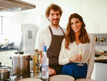 Anna Fasano e Antônio Mendes armam burburinho no clima da Riviera Francesa. Aos detalhes!