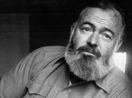 """Nos 119 anos de Ernest Hemingway, 5 curiosidades sobre o autor de """"O Velho e o Mar"""""""