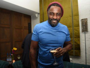 Multimídia, Idris Elba lança gravadora, prepara sitcom para a Netflix e vai estrear em breve como diretor