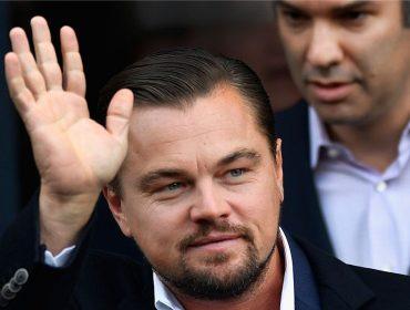 Jogar vôlei com Leo DiCaprio é a diversão da vez entre os famosos de Hollywood. Entenda!
