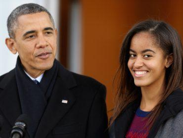 """A """"ex-primeira filha"""" cresceu: nos 20 anos de Malia Obama, 5 fatos sobre a herdeira de Barack Obama"""