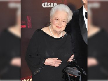 """Única estrela viva de """"E O Vento Levou…"""", Olivia de Havilland completou 102 anos no domingo"""