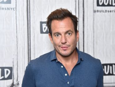 Dublador oficial do Batman, Will Arnett usa a voz do personagem para dar bronca nos filhos