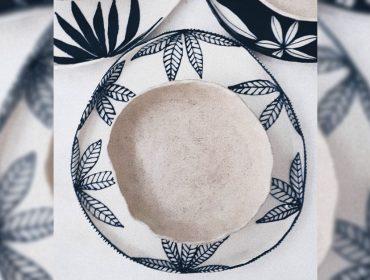 Lá em Casa: pratos de cerâmica pintados à mão do estúdio paulistano iaiá