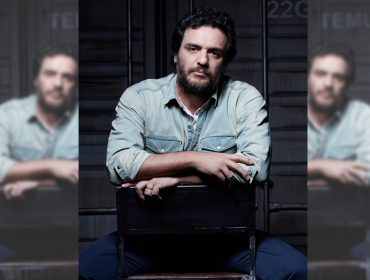 Papo reto com Rodrigo Lombardi que retorna aos palcos paulistanos e mantém contrato com a Globo