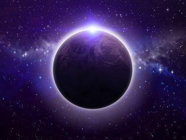 Apertem os cintos: eclipse lunar provoca confronto entre passado e futuro
