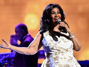 Dinheiro vivo antes de pisar no palco, ódio de ar condicionado e mais: as manias de Aretha Franklin
