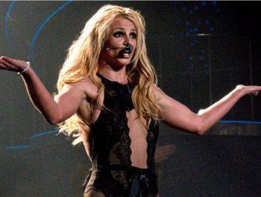 """Em Londres para fazer show, Britney Spears """"arrasa"""" com sua versão do sotaque britânico"""