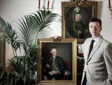 Conde que afirma ter direito ao trono de Mônaco processa a França por R$ 1,66 bi