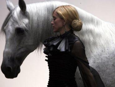 Madonna gasta R$ 900 mil em presente inusitado para si mesma. Aos detalhes!