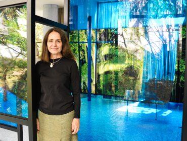 """Casa de Vidro recebe exposição """"No Jardim de Lina"""" de Claudia Jaguaribe"""