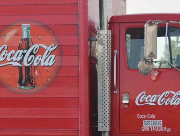Coca-Cola negocia lançamento de linha de bebidas à base de maconha. Entenda!