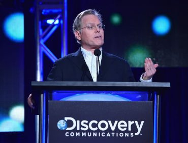 "CEO do Discovery Channel, David Zaslav deu festa nos Hamptons cujo tema foi a ""Shark Week"""