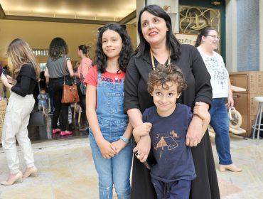 """Abertura do """"Pitanga, Curadoria Para Crianças"""" reuniu turma de glamurettes"""