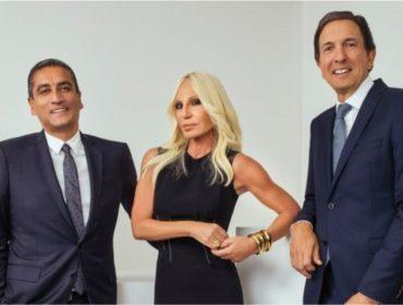 Michael Kors compra a Versace por R$ 8,9 bi e anuncia novos planos para a grife italiana