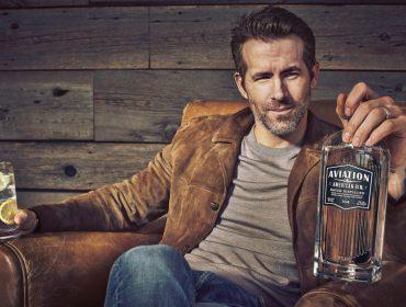 Ryan Reynolds mostra que também é bom nos negócios com crescimento de sua marca de gin