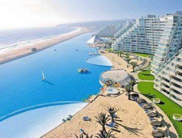 Conheça as piscinas mais fascinantes ao redor do mundo para dar um mergulho já