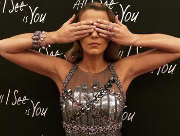 Atenção aos detalhes! Blake Lively é a rainha da nail art e você ainda não percebeu