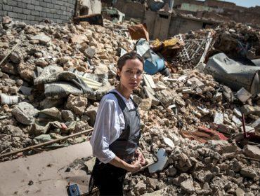 33 quilos? Magreza extrema de Angelina Jolie deixa os amigos dela em estado de alerta